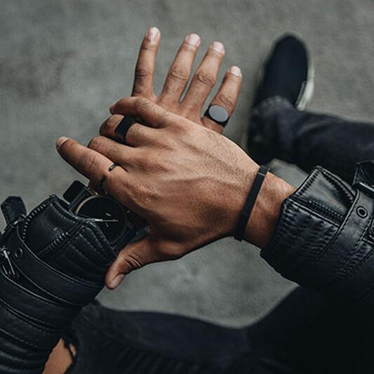 Minimal Flat Ring