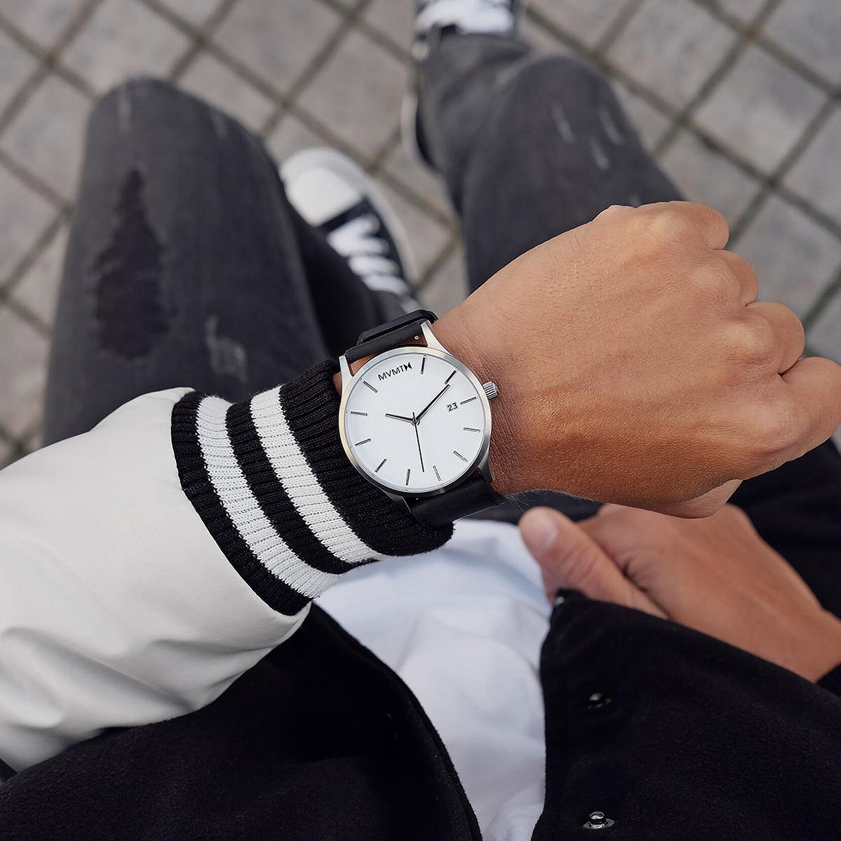 Classic White Black